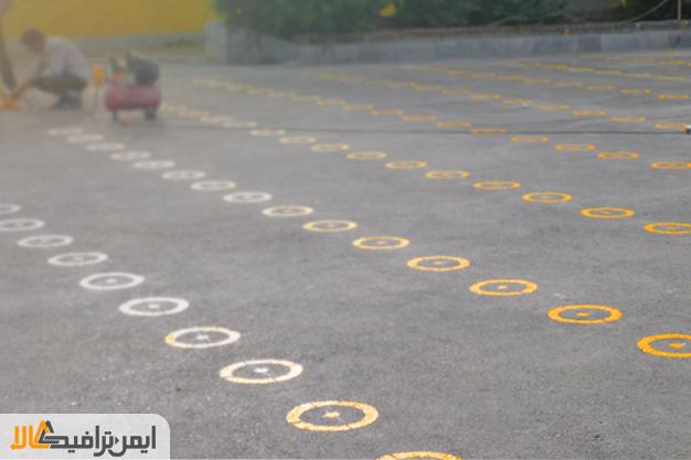خط کشی صف مدرسه